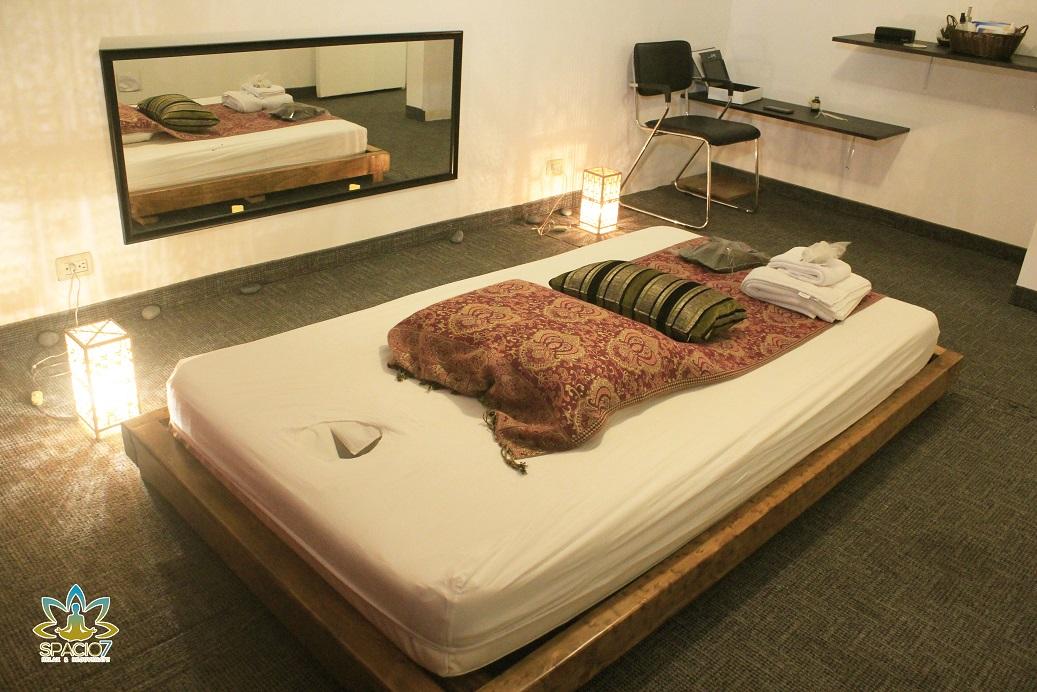 Camilla 3 ambiente de lujo masaje tantrico